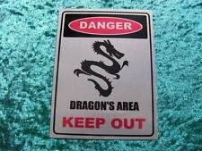 "METAL WALL PLAQUE / SIGN 8"" X 6""   DANGER DRAGONS AREA KEEP OUT WITH FIXING PADS"