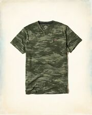 New Hollister by Abercrombie & Fitch.Mens Green Camo V Neck T-Shirt.Size L