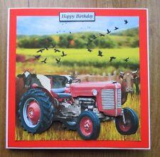 Personalizzato FATTO A MANO Trattore Rosso & Mucche cartolina di Compleanno Papà Zio Grandad figlio
