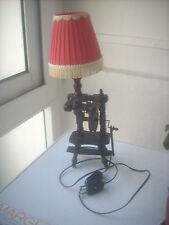 lampada vintage in legno per tv o altro anni 60 h.cm 40
