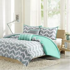 Teal and Grey 5-Piece Chevron Pattern Comforter Set Twin/Twin XL Cheerful NEW