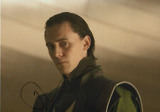 "Tom Hiddleston ""Thor"" Autogramm signed 20x30 cm Bild"