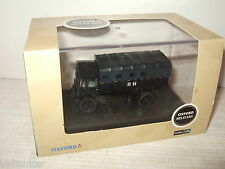 Oxford Diecast 76AEC010 AEC Matador Artillery Tractor, Royal Navy in 1:76 Scale
