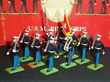 BRITAINS 7303 US MARINE CORPS OF AMERICA MARCHING METAL TOY SOLDIER FIGURE SET