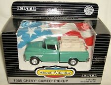 ertl 1/43 classic 1955 CHEVY CAMEO PICKUP TRUCK-green