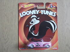 "Hot Wheels 2015 Looney Tunes '40 Ford ""Pepe Le Pew"" Real Riders Very Rare"