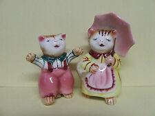 Vintage Anthropomorphic Momma Kitty Cat w/Umbrella & Kitten Salt & Pepper Shaker