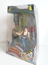 Tomb raider area 51-lara croft action figure-PLAYMATES 1999-new in box