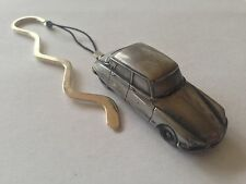 Citroen DS2 (Late Version) ref39  FULL CAR on a CURVED bookmark with cord