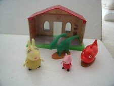 PEPPA Pig Museo Con 2 Figure Dinosauro & Mrs Rabbit & PEPPA-lotti