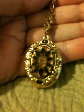 "Grandmas Estate Jewelry GT Beautiful Victorian Deco Locket 24"" Chain"