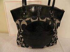 NWT COACH F18335 LAURA SIGNATURE BLACK NEW WITH TAGS TOTE PURSE HANDBAG
