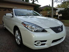Toyota : Camry 2dr Conv SLE