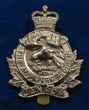 CANADA QC Canadian Armed Forces ALGONQUIN Regiment metal cap badge