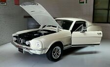 Ford Mustang 1967 GT Fastback 1:24 Escala Welly De metal Detallado
