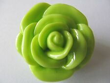 LARGE ROUND LIME GREEN TONE MOLD CREATED ROSE CELLULOID PLASTIC BROOCH PIN