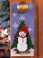 SNOWMAN DOOR HANGER CHRISTMAS PLASTIC CANVAS PATTERN INSTRUCTIONS