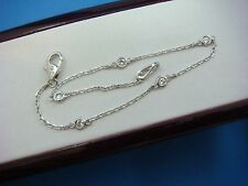 "14K WHITE GOLD 0.21 CT ""DIAMONDS BY THE YARD"" 5 STATIONS BRACELET, 7 INCH LONG"