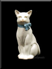 HEREND Cat with Bow 15319 - White - Domestic Collection