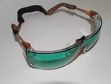 AMERICAN OPTICAL SAFETY GLASSES WITH CASE & GREEN LASER LIGHT LENS  NEW !!