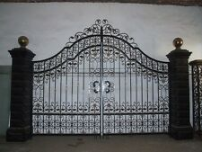VICTORIAN STYLE CAST IRON LARGE ESTATE DRIVEWAY GATES - GATE#79
