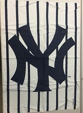 """New York Yankees MLB Banner Flag - 40"""" x 30"""" - 100% Polyester - Made in Italy"""