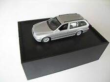 BMW 5 E39 Touring SCHUCO 1:43 diecast model no minichamps autoart 520 528 530