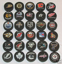 """HOCKEY PUCKS ALL 30 NHL TEAMS Complete Set """"Basic"""" Logo IN GLAS CO. Puck Lot"""