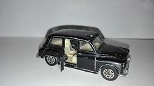 LONDON TAXI -- CORGI-- BRITAIN-- ESCALA 1/60 APROX