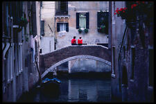698029 Couple Sitting On Bridge Spanning Canal Venice Italy A4 Photo Print
