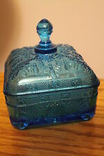 TIARA EXCLUSIVE BLUE BEEHIVE HONEY BEE FOOTED CANDY DISH WITH COVERED LID