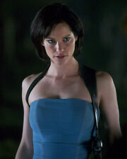 Guillory, Sienna [Resident Evil 2] (5142) 8x10 Photo