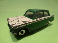 DINKY TOYS 189 TRIUMPH HERALD - GREEN + BROKEN WHITE 1:43 - GOOD CONDITION