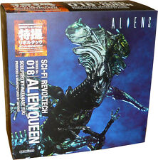 Kaiyodo Revoltech SCI-FI 018 Alien 2 - Alien Queen Action Figure