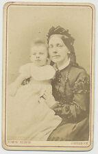 CDV Foto Schwerin-Feine Dame im schönen Kleid mit Baby  (F77)