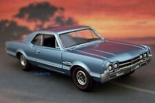 66 OLDS 1966 OLDSMOBILE CUTLASS / 442 COLLECTIBLE 1/64 SCALE  MODEL - DIORAMA