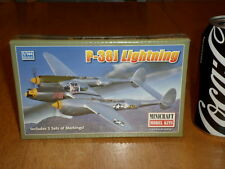 WW#2, USA, P-38J LIGHTNING, FIGHTER PLANE, Plastic Model Kit, Scale 1/144