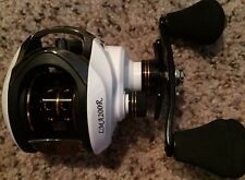 Gorgeous 11BB LMA200R Baitcasting Reel 6.3:1 Gear Ratio RIGHT HANDED US Seller