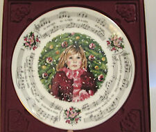 ROYAL DOULTON 1983 CHRISTMAS CAROLS PLATE SILENT NIGHT 1ST IN SERIES