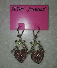 NWT Betsey Johnson Kissing Love Birds Pink Heart & Bow Earrings $45 Authentic