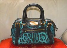 AUTHENTIC, CUTE AND  STYLISH DOLCE AND GABBANA DUFFLE /HAND BAG