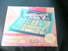 1982 Science Fair 30-in-1 Electronic Projects Lab for RADIO SHACK