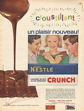 Publicité 1966  NESTLE CRUNCH chocolat au lait au riz croquant