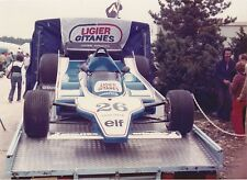 SUPERBE PHOTO LIGIER GITANES JS 11  .  ARGENTIQUE . JACQUES LAFFITE DIJON 1979