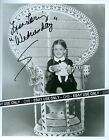 "LISA LORING NICE SIGNED B&W 8x10 PHOTO ""THE ADDAMS FAMILY"" ""AS THE WORLD TURNS"""