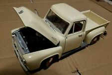 1953 Ford Truck die cast model car 1/18 Road Tough VERY GOOD QUALITY New no box