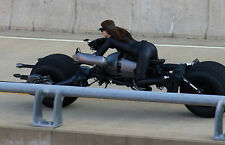 Anne Hathaway Unsigned 8x12 Photo (18) Catwoman