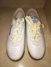 New 1980's Women's Vintage Reebok Sneaker Size 6