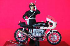 BMW  R90/6 POLICE with RIDER   1/18th  MODEL  MOTORCYCLE