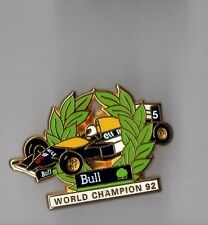 Pin's Formule 1 - world champion 92 - Bull informatique (signé Arthus Bertrand)
